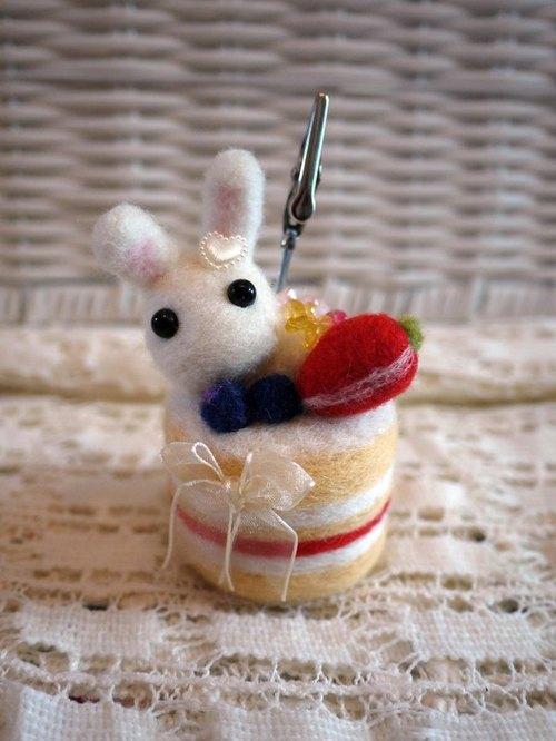 羊毛毡~小兔子生日蛋糕名片夹 便条夹