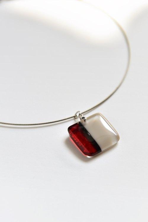 配件饰品 项链/坠子 玻璃  设计馆 联系设计师 商品分类