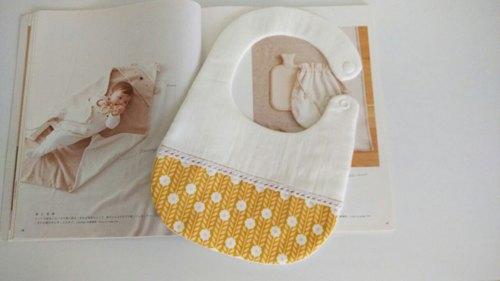 蛋黃花彌月禮物 嬰兒圍兜