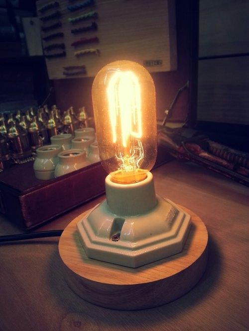 Edison-industry 復古 工業風 LOFT 木質底座+陶瓷燈座 含 ...