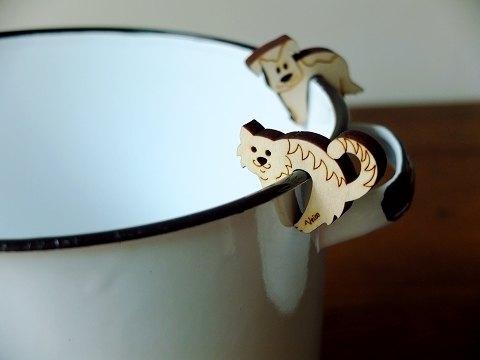 北歐人的做菜小工具  芬蘭製 Veico鍋邊用鍋蓋立架pot watcher 貓cat *LC鑄鐵鍋的好搭檔!
