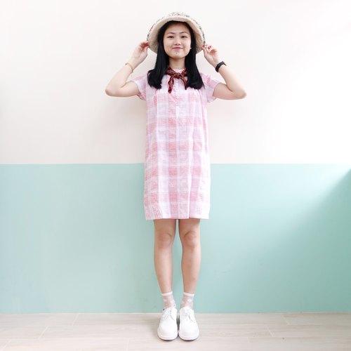 可爱娃娃粉红格仔洋装