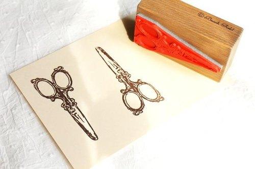 復古剪刀圖樣 木頭印章 - ako-japan GALLERY | Pinkoi