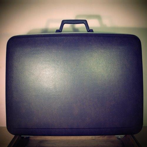 [ 老骨頭 ] 咖啡色 ECHOLAC 老皮箱 復古皮箱 VINTAGE 擺設 裝飾 古董 擺攤皮箱