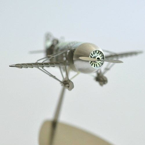 [suss] 日本进口设计aerobase 竞速gee bee racer r-2金属模型飞机(1