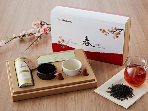 Truvii木頭琺瑯杯禮盒(花梨木琺瑯杯400mlx2+日月老茶廠 紅玉紅茶) 限量推出