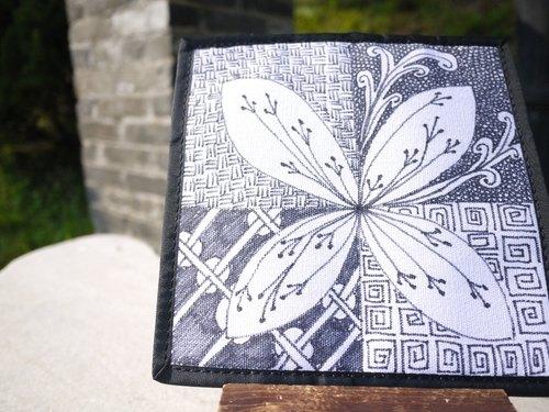 手绘禅绕画长皮夹 - 四瓣花
