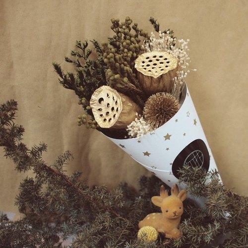 商品标签 乾燥花设计花材礼物甜筒花摄影捧花手作可爱创意限量款 尚有