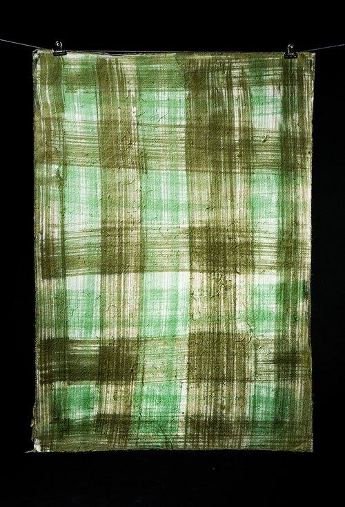 手工蠟染包裝紙 - 交叉線條 (黑綠)