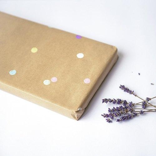 隨商品加購手工彩色點點風牛皮紙包裝|禮物包裝服務|