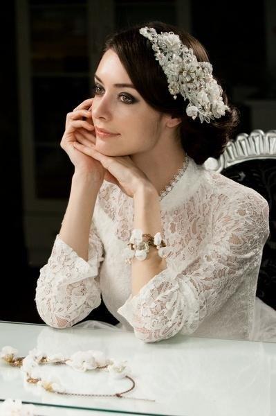 蕾丝花新娘头饰