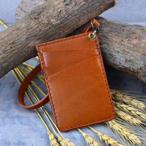 【DOZI皮革手作】卡套、卡套夾、悠遊卡,可放三張卡片,附原色皮製手環,皮革為染色製作,可自由配色,樣圖為淺茶色