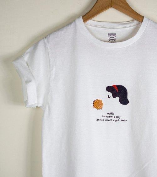 原創插畫圖TEE - 圖索經典白雪公主系列(比利時鬆餅)  短袖 趣味圖TEE T-Shirt 童話故事 幽默風格