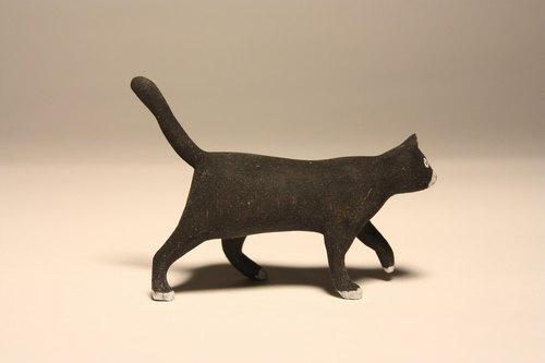 疗愈系木雕小动物_黑猫black