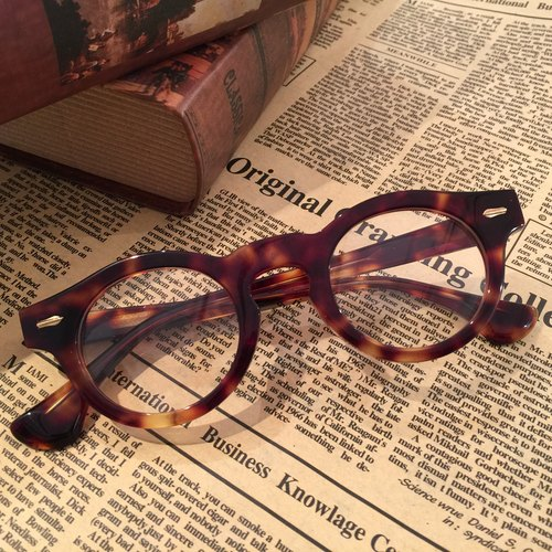 eyewear glasses  shape eyeglasses