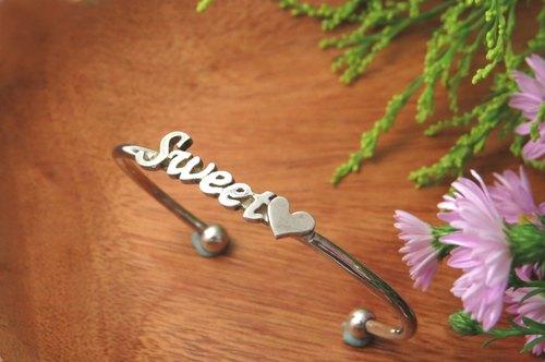 手工專屬訂製 / 精緻英文字手環 / 925純銀