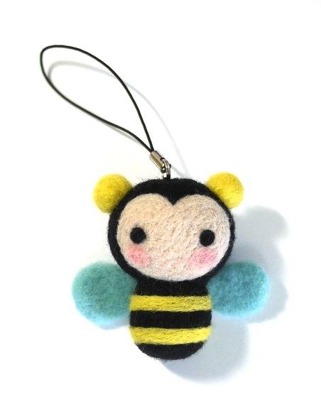 羊毛氈材料包-快樂小蜜蜂吊飾(一入)