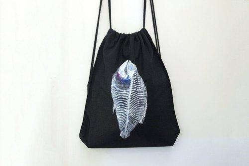 [ x光鱼 ] 棉帆布手绘束口后背包/黑色