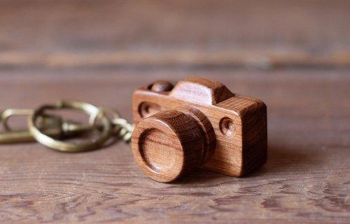 手工木制微型相机77 浅核钥匙圈