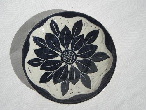 陶瓷手绘盘子图案黑白