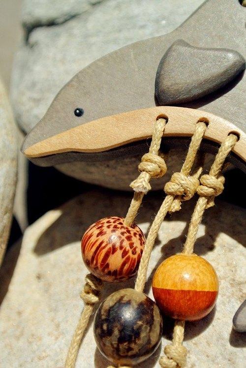 手工原木小海豚鑰匙圈