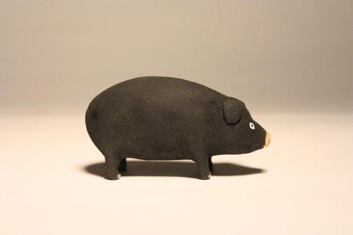 疗愈系木雕小动物_猪猪 黑色pig (原木手工雕刻10p)