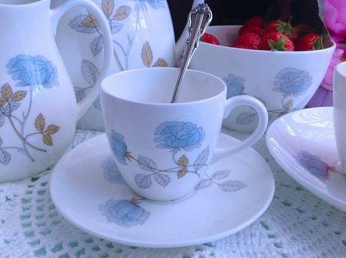 ♥安妮瘋古物♥ 英國骨瓷皇家御用Wedgwood Ice Rose冰玫瑰咖啡杯~ 庫存新品