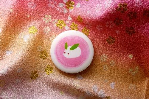 和風【玉兔和菓子】徽章胸針-4.4X4.4cm
