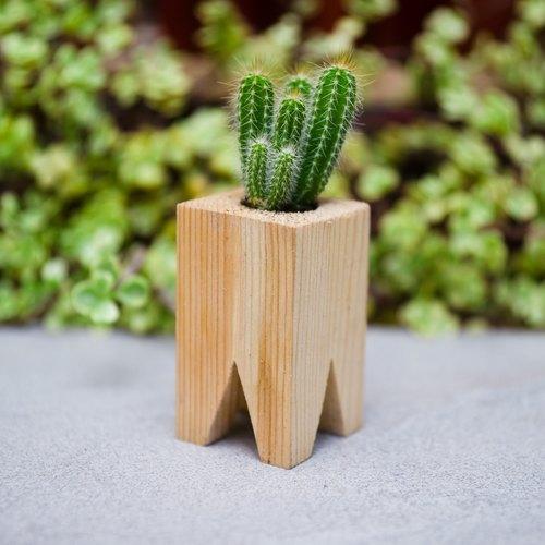 手作的造型积木盆栽