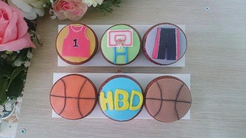 运动篮球风杯子蛋糕 - miss cat 幸福手作烘焙