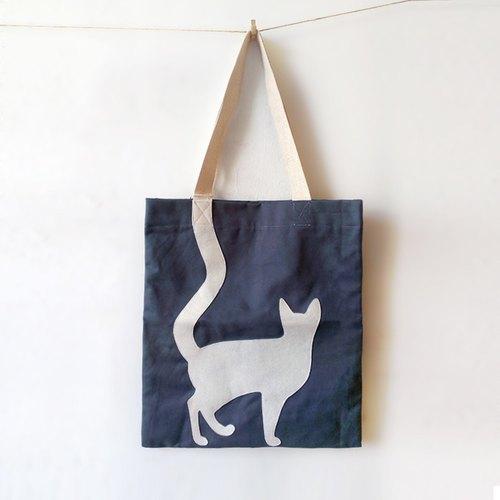 麻布袋:猫回头望