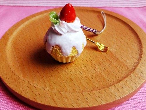 甜点黏土-冰淇淋杯子蛋糕吊饰