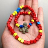 恐龍有兩隻手\紅紅手鍊