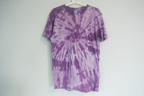 彥彥手染 - Yen Yen 渲染衣 短袖。 T恤。嬉皮。