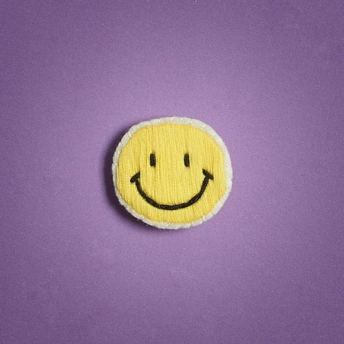 笑哈哈 胸針/smiley face brooch