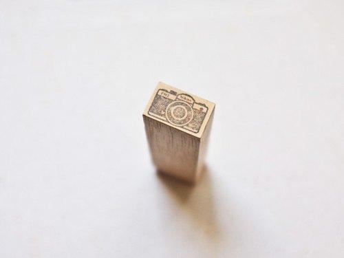 [印章]編號101 Nikon FM2相機