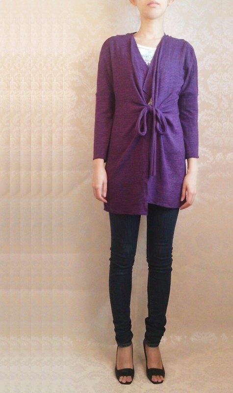 深紫色毛料針織罩衫