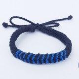 黑底藍色編織
