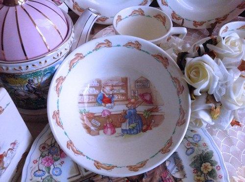 ♥安妮瘋古物♥英國製 Royal Doulton Bunnykins 細骨瓷早餐碗, 點心碗~送禮,全新庫存商品