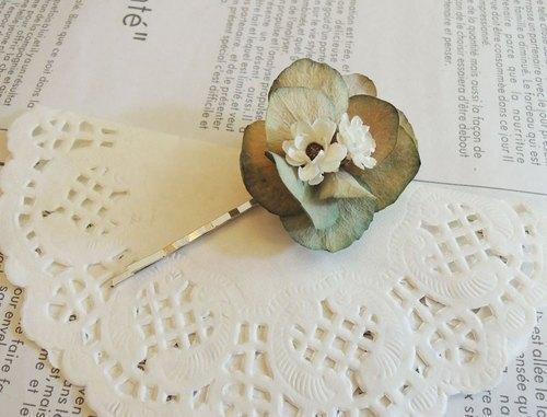 微甜‧圈 經典系列 手作 浪漫 古典藍繡球花 小白枚 扁夾 乾燥花 一字夾 髮夾 新娘髮飾 (一入)