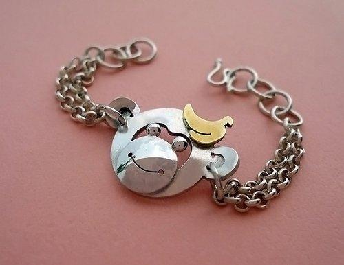 十二生肖弥月动物纯银手链~香蕉猴手链~造型讨喜