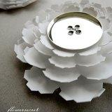[花花輯] Rose 刺薔薇 / 白色*金色鈕扣薔薇花--華麗精緻別針*胸花