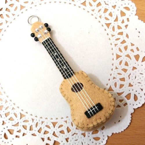吉他 不织布 玩偶