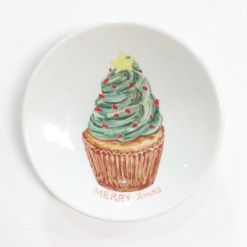圣诞树奶油杯子蛋糕-圣诞手绘小碟
