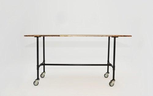 工業風移動式工作桌