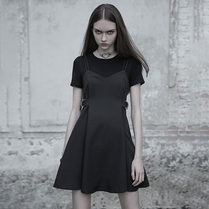 Gothic pleated fake two-piece dress / black only