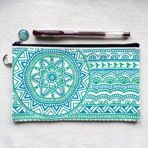 手绘收纳包 铅笔袋 化妆包 收纳袋 笔袋 零钱包 拉链