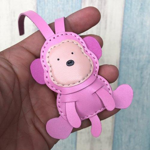 手工皮革 台湾mit 粉红色 可爱 猴子 纯手工缝制 皮革 吊饰 小尺寸