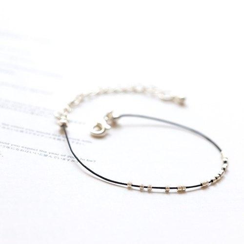 流動銀珠 極細波西米亞風繩線手鍊《小鍊子會社》BMK016