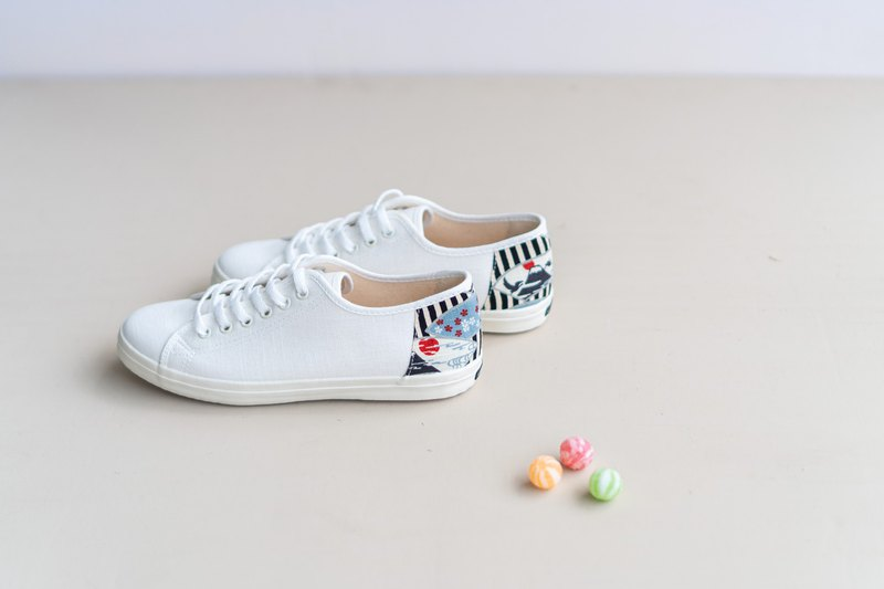 Lace-up casual shoes Flat Sneakers with Japanese fabrics Leather insole